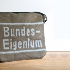 "German army messenger bag ""Bundeseigentum"" by 11m2"